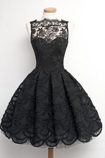 Fashion A-Line Scalloped-Edge Sleeveless Black Lace Short Homecoming Dress