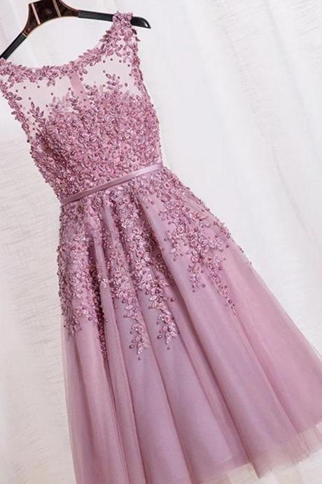 Elegant A-line Scoop Sleeveless Long Homecoming Dress With Appliques Beading