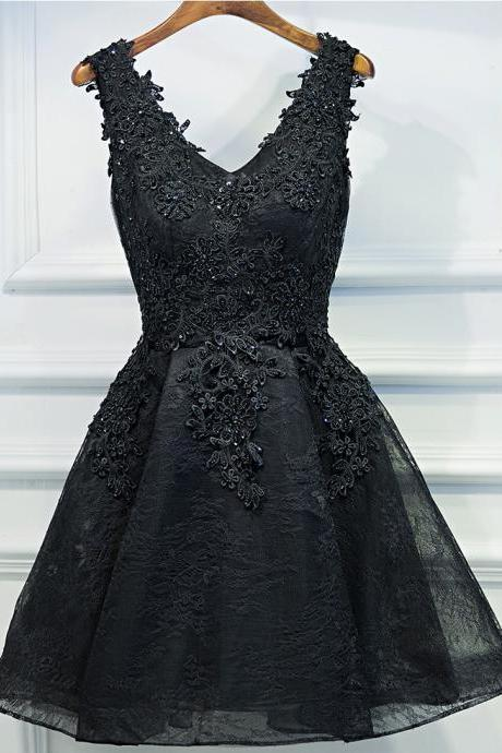 Fashion A-Line V-Neck Sleeveless Lace Up Black Short Homecoming Dress With Appliques